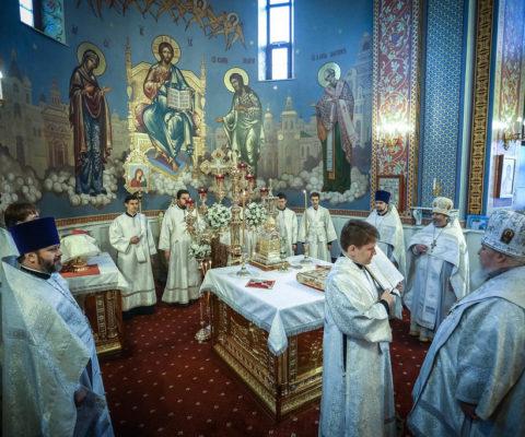 Архиерейское богослужение в праздник Обрезания Господня